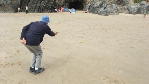 Beach boules