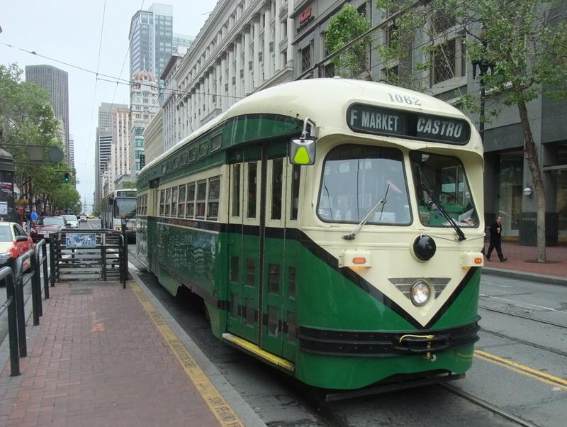 Tram to Castro