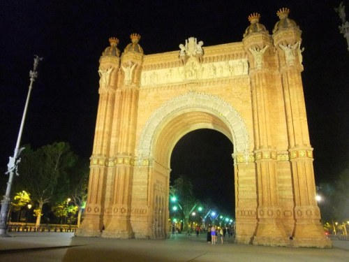 Arc De Triomf - no relation