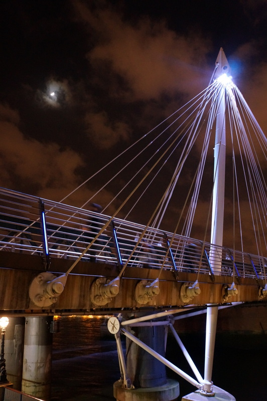 150 year old Hungerford Bridge