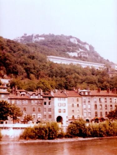 Photo 2 - Grenoble across the river