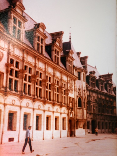 Photo 3 - Place St Andre
