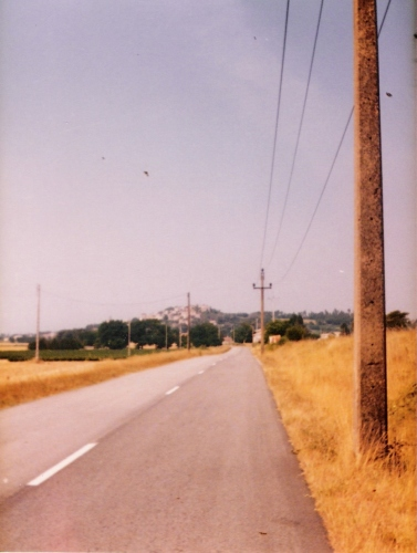 Photo 2 - approach to Valaurie