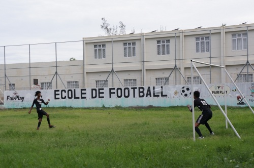 After school games – Mauritians are obsessed by English football