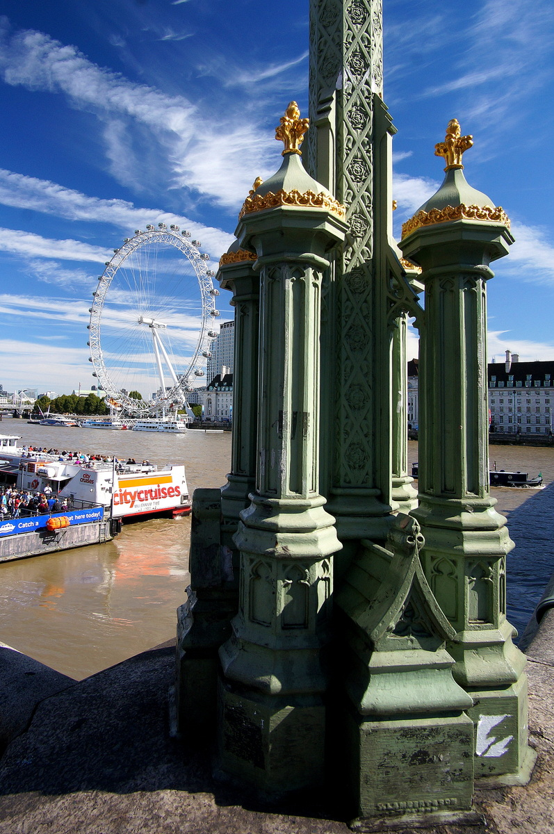 Westminster Bridge, thankfully built to a higher standard than the models